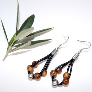 Boucles d'oreilles cuir et Perle – Argent plaqué