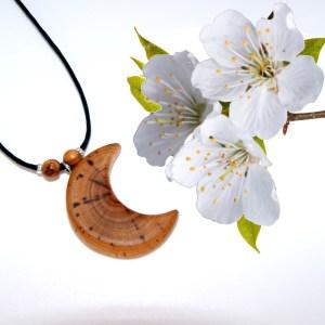 Collier petite Lune – Cerisier – Mixte