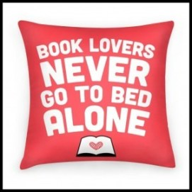 book-lovers-never-go-to-bed-alone-pillow-from-simple-human-e1423400164804