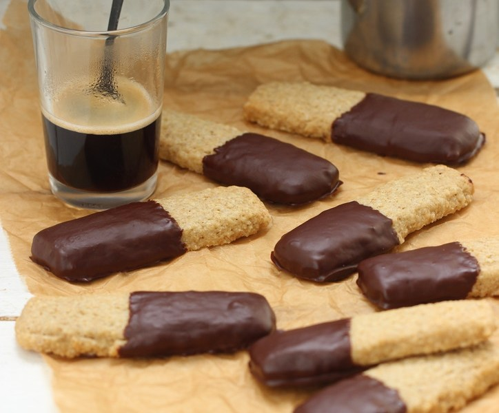 biscuits alone & chocolat