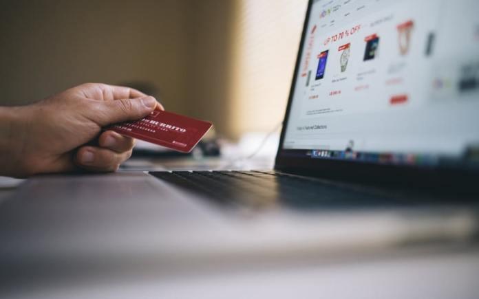 avoid credit card frauds in online shopping