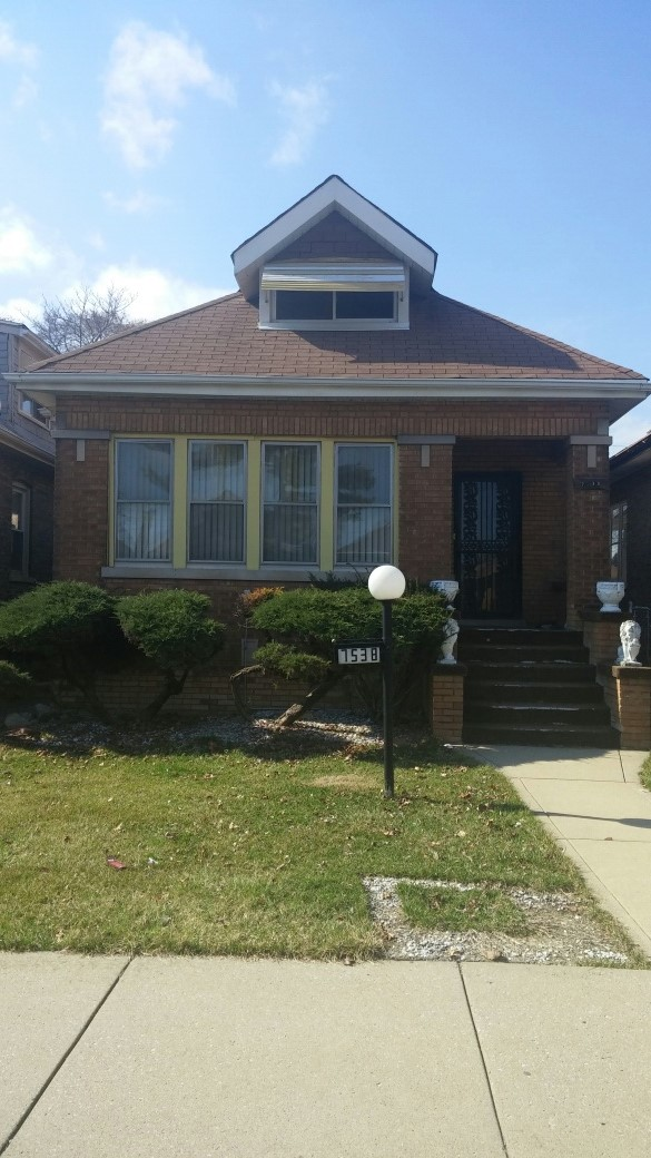 Quick Flip In Auburn Gresham, In Chicago IL. $61,999. ARV: $176K