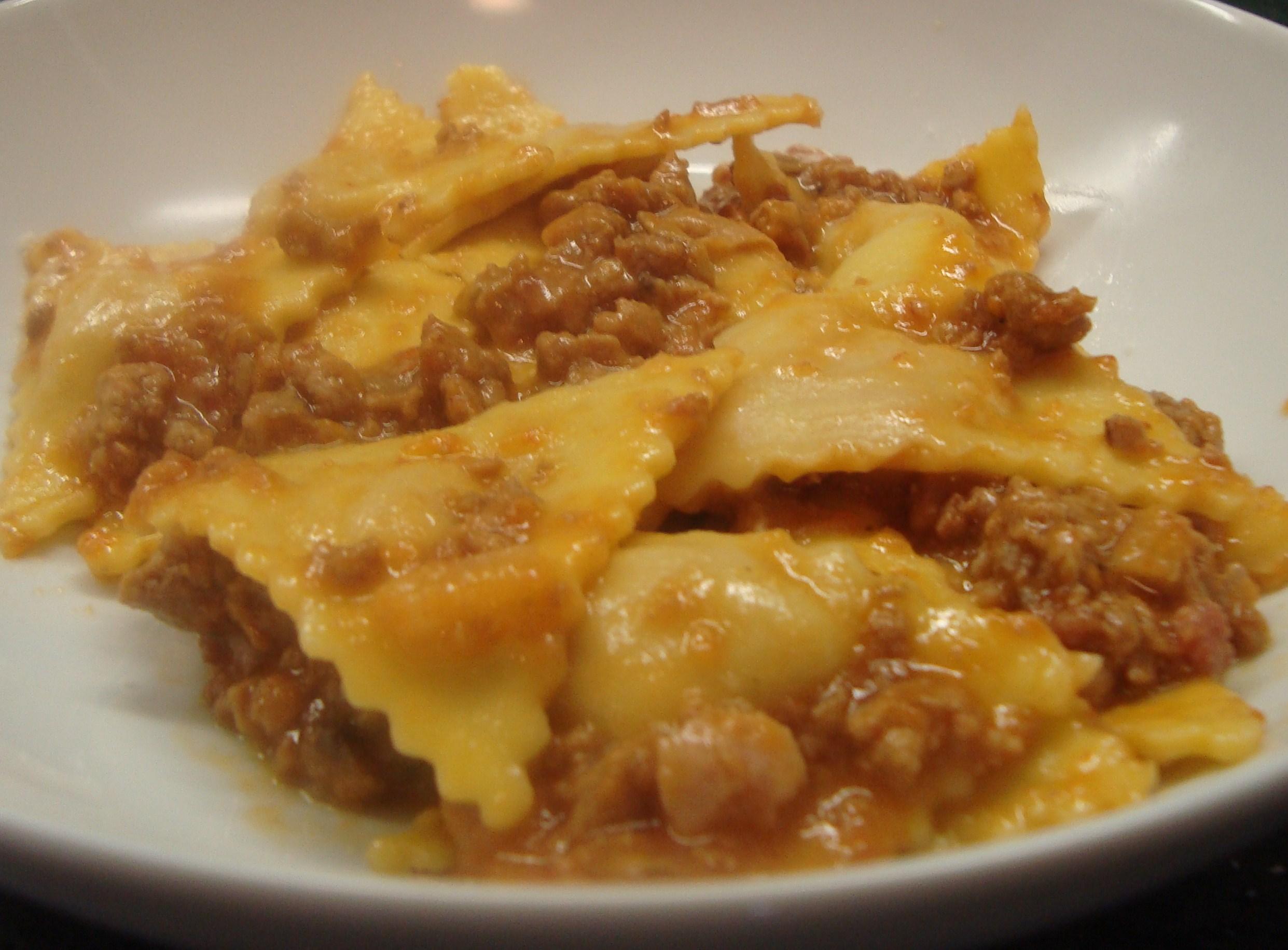 Tortelli prosciutto crudo e parmigiano con burro tartufato