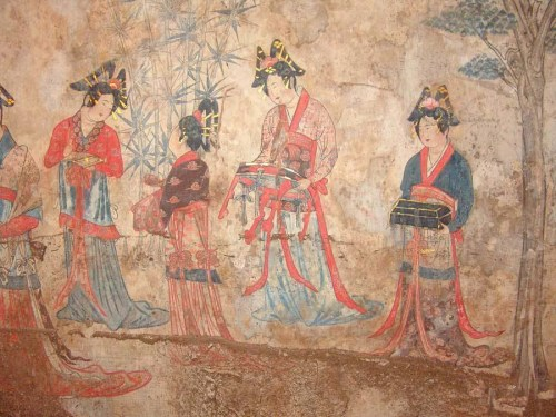 Wall painting of Liao Dynasty ladies in silk clothes