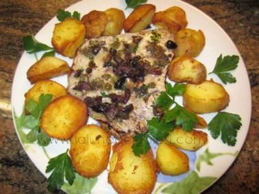 filetto di tonno marinato con corona di patate arrosto