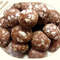 Biscotti con Cioccolato al latte e cacao