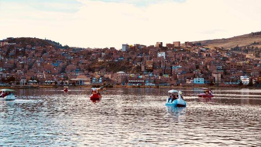 ( PÉROU Jour 6 ) Lac Titicaca, îles flottantes, Taquile et tricot testostéroné.