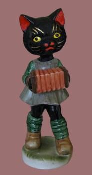 Click Mort, Black Cat Plaing an Acordion
