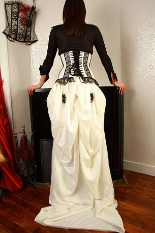 robe-de-mariee-traine-glam-rock
