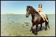 robe-de-mariee-corset-boheme-cheval