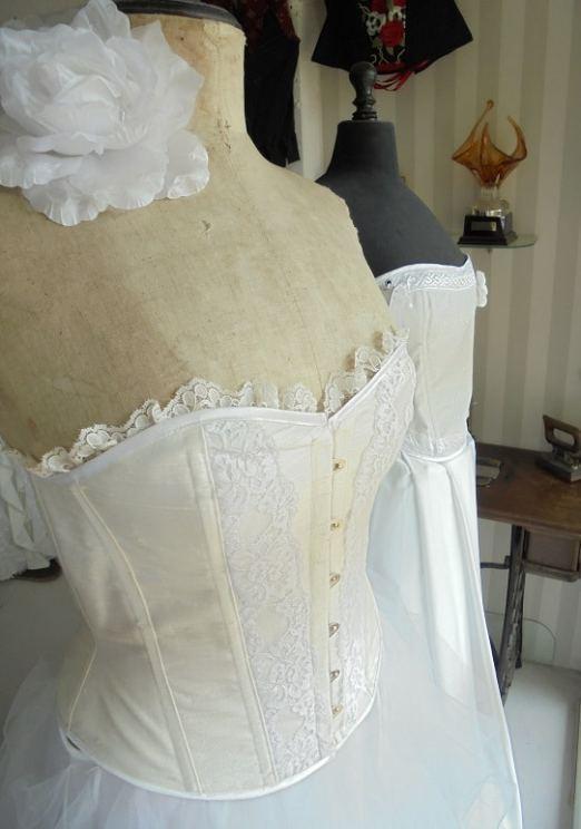 Atelier de confection de robes de mariées atelier-robe-de-mariee-blanche