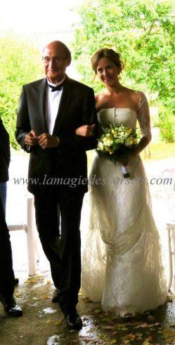 robes de mariées de dentelle de Calais jupe ivoire