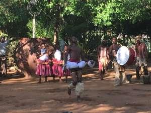 Danseshow på Lamai Safari