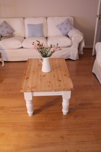Shabby Chic Project: Coffee Table (with before & after ...