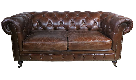 canape chesterfield 2 places cuir vintage la maison de galith