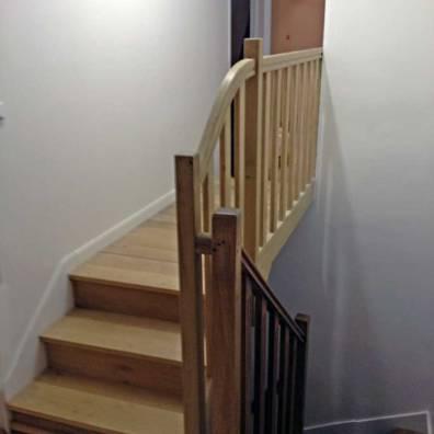 Escalier et parquet en hêtre