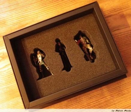 Derniers objets : 3 figurines ...