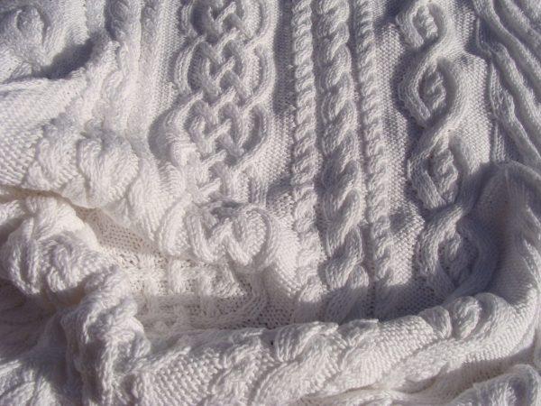 Etole 100% coton mercerisé, tricot irlandais fait main. Pièce unique, création originale La Malle au Coton