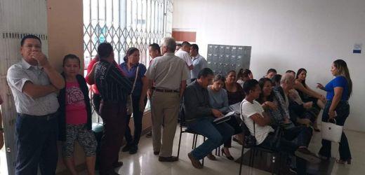 Espera del inicio de la audiencia de Acción de Protección por el Tema Vicealcaldia del Cantón