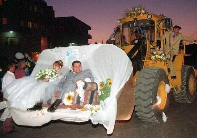 Ingresan a 35 invitados de una boda en Villarrobledo por meter la barriga en las fotos