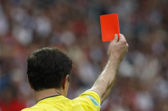 Un árbitro de Las Mesas se va del partido porque nadie le insulta