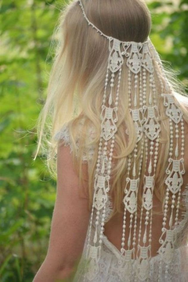Macrame-knotted-wedding-accessory-for-brides.jpg