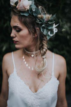 2_14_boheme_couple_4_looks_sidneyonthemoon_photographe_chrisvonmartial_robe_mariee_costume_paris_wedding_web