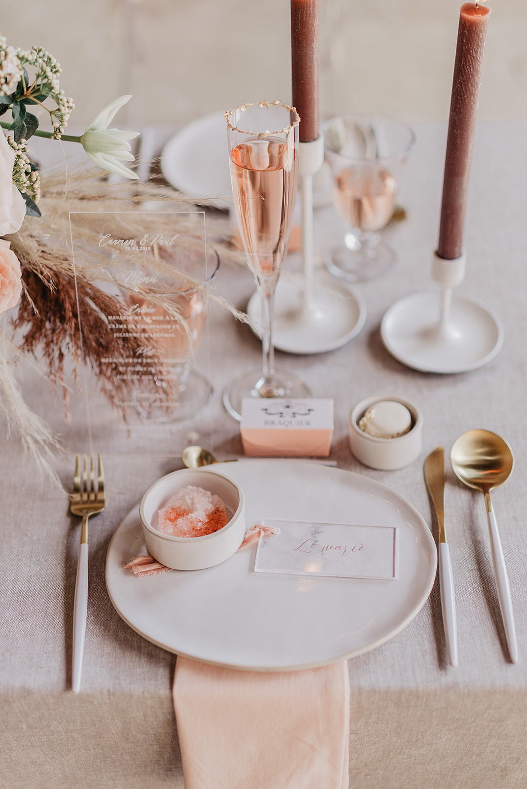 Lovelyinstants-wedding-planner-fleuriste-designer-France-Chateau-ThonneLesPres-weddingtable-0907_websize