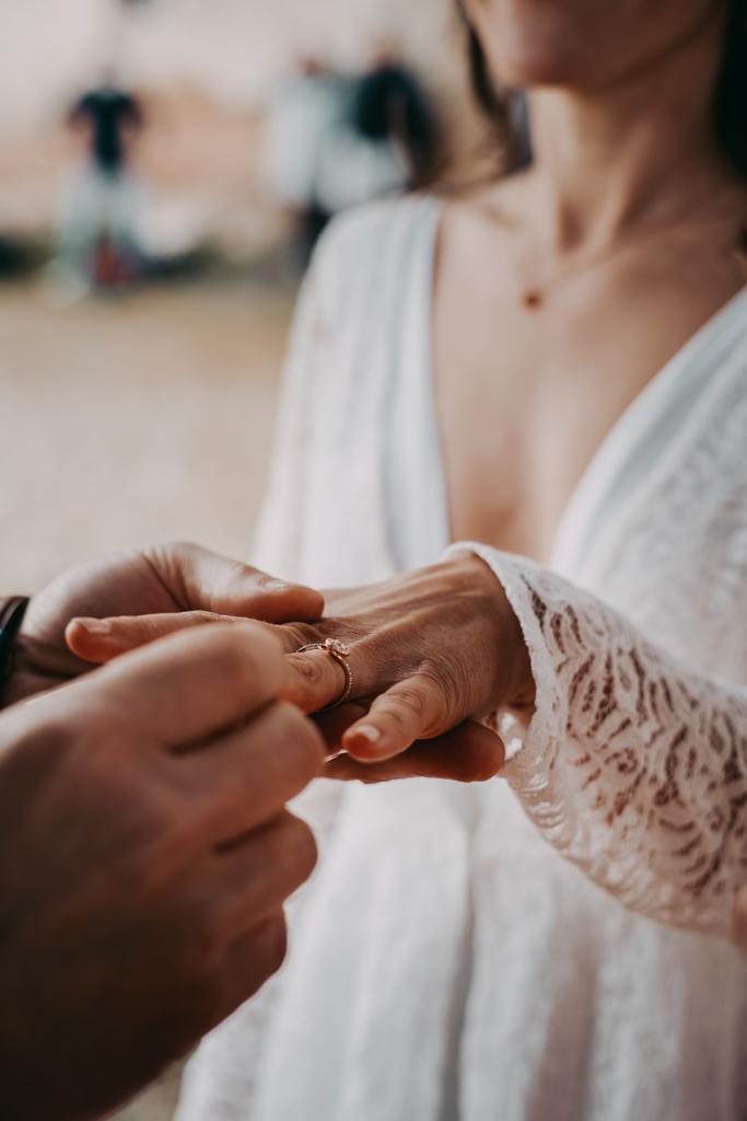 Alliances Cérémonie laïque mariage Woodstock