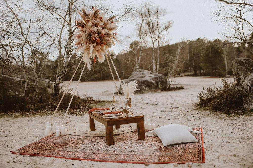 Décoration de mariage à la plage bohème folk