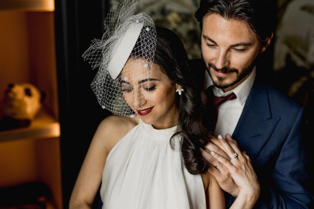 voile de la mariée en chapeau