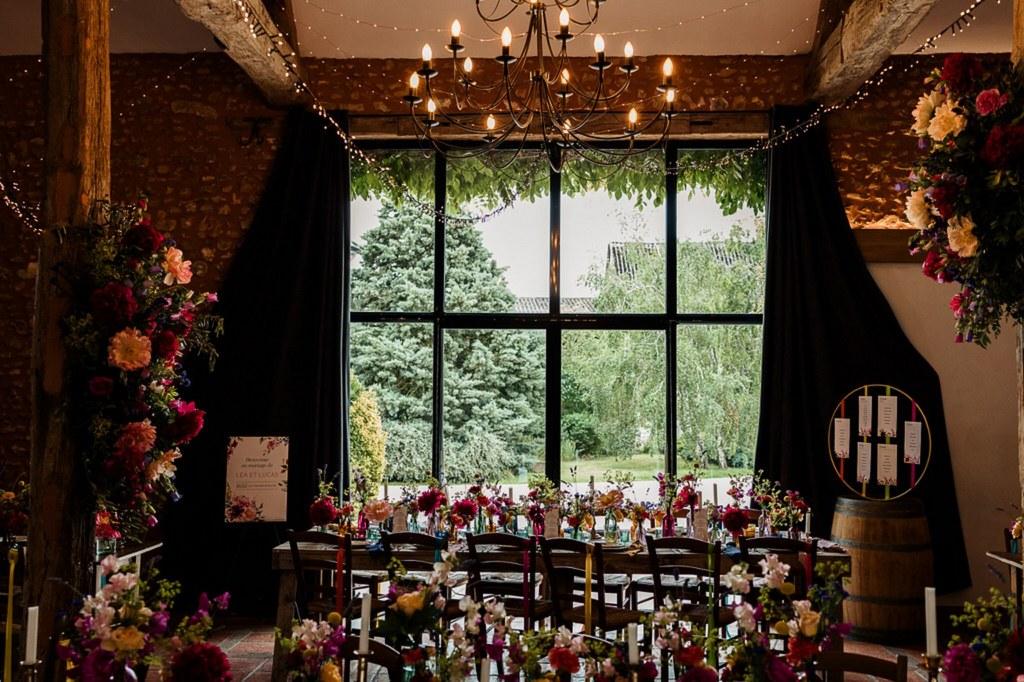 Décoration de table fleurie mariage