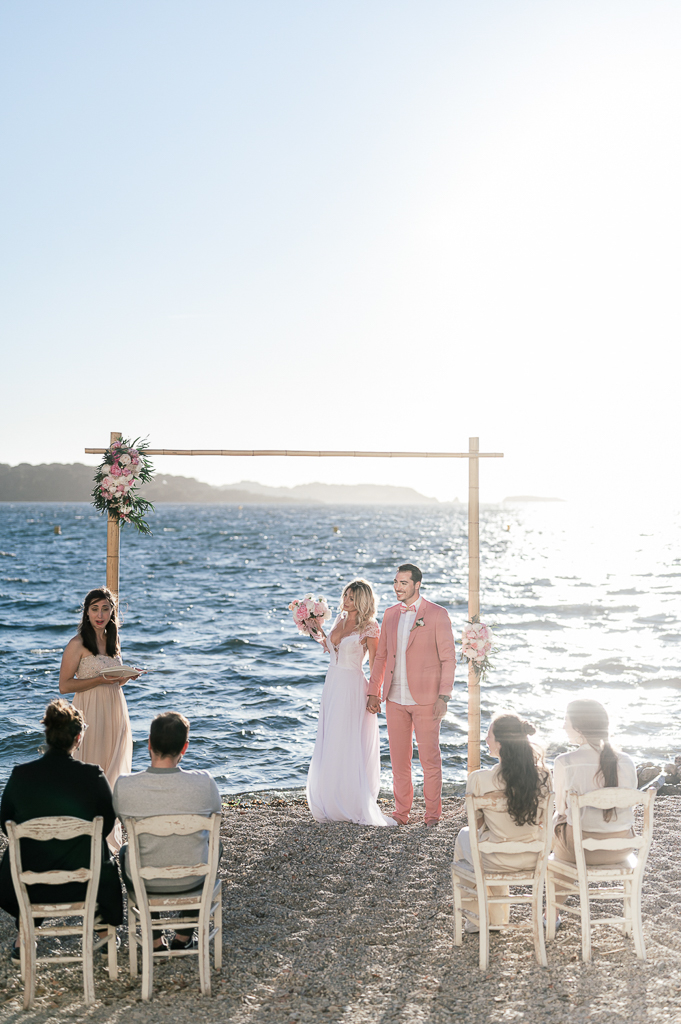 cérémonie laique sur la plage