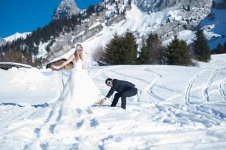 séance photo day after couple marié dans la neige