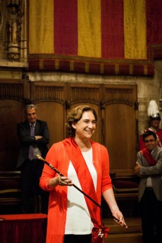 Ada Colau va prendre la vara d'alcalde / Judit Valdés