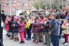 Nens i nenes veient l'arribada del Carnestoltes/ Thaís Campmany Jubany