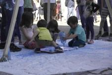 Los niños también fueron protagonistas del arte urbano de Nou Barris./Eva Albiol
