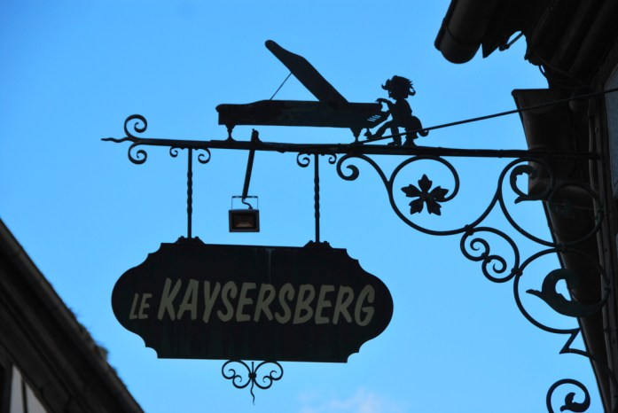 kaysersberg-alsace-village-enseigne.JPG
