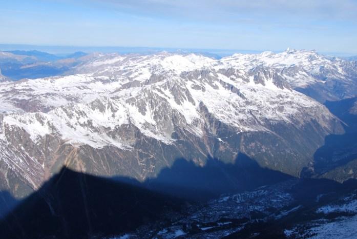 Hiver à Chamonix Mont Blanc - la vallée de Chamonix depuis l'Aiguille du midi