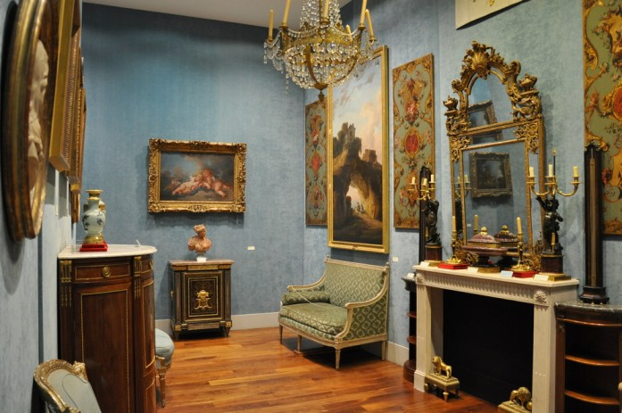 Toulouse - salle bleue de la Fondation Bemberg