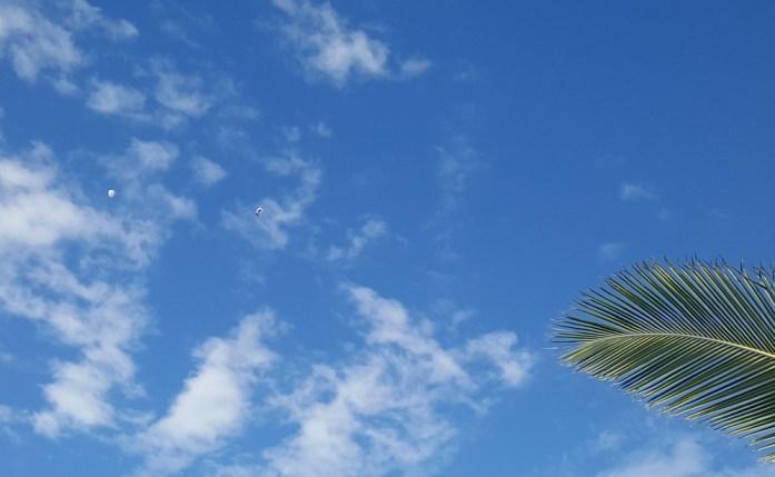 Nouvelle Calédonie - Saut en Parachute à Oua Tom