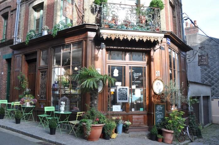 Honfleur : boutique rue du puits