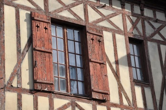 Visiter Honfleur : façade à colombages