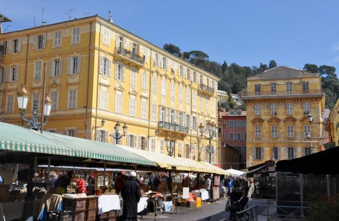 Visiter Nice en un week-end : cours Saleya