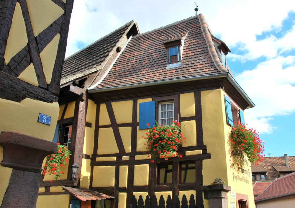 Découvrir Eguisheim en Alsace - maison de la cour Unterlinden