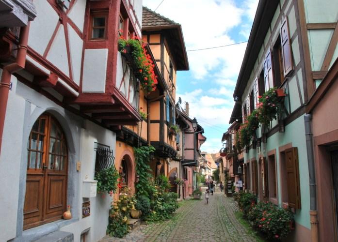 Découvrir Eguisheim en Alsace - circuit des remparts