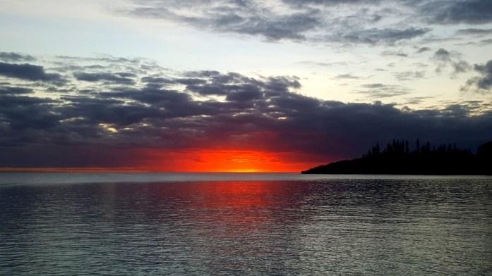 Îles de Nouvelle Calédonie - coucher de soleil sur Maré