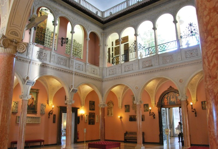 Cap Ferrat - patio de la villa Ephrussi de Rothschild