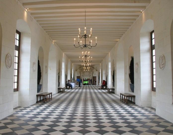 Circuit des châteaux de la Loire - la grande galerie de Chenonceau