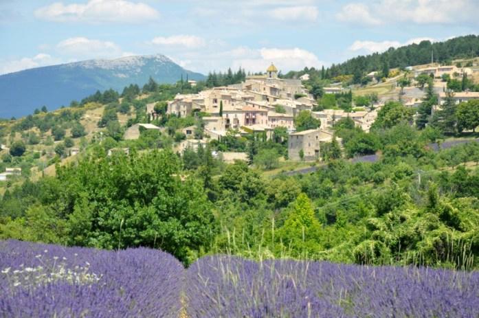 Photographier la lavande en Provence - village d'Aurel